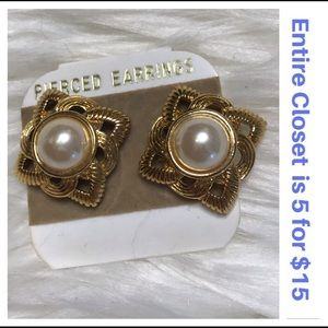 Square Faux Pearl Post Earrings Costume Jewelry